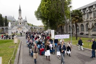Photos Lacaze Procession2011 21