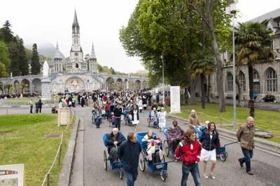 Photos Lacaze Procession2011 30