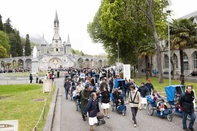 Photos Lacaze Procession2011 37