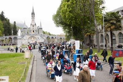 Photos Lacaze Procession2011 39