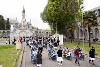 Photos Lacaze Procession2011 40