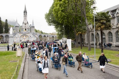 Photos Lacaze Procession2011 41